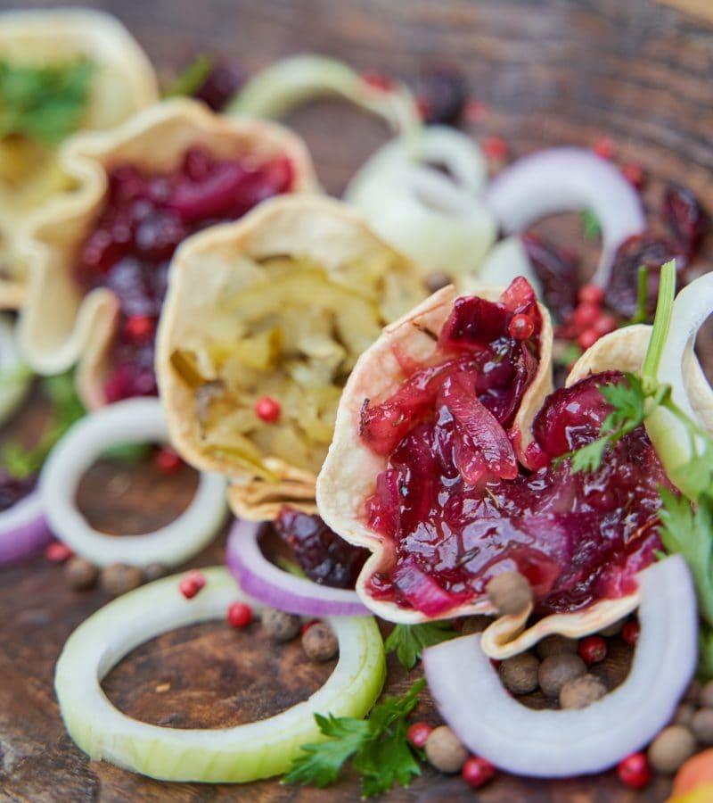 tacos z karmelizowaną cebulą